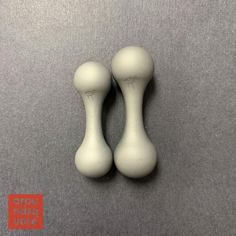 AroundSquare Knucklebone Titanium